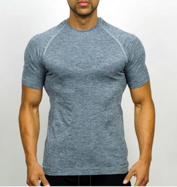 As comfort as second skin lightweight breathable mens seamless knit sportswear manufacturer in YIW